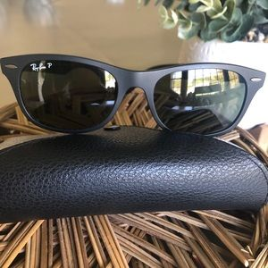 UNISEX RAY-BAN polarized Blk LITEFORCE sunglasses